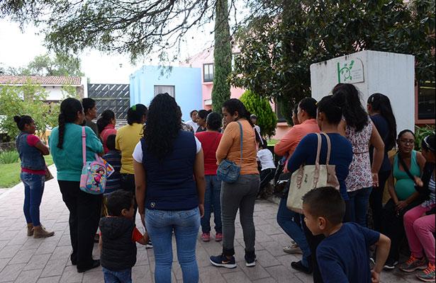 """Padres amenazan con cerrar escuela """"Ignacio Zaragoza"""""""