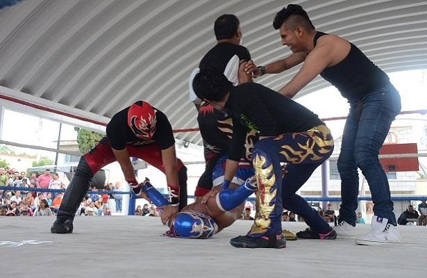 Función de Kick Boxing, Box y Lucha Libre a beneficio