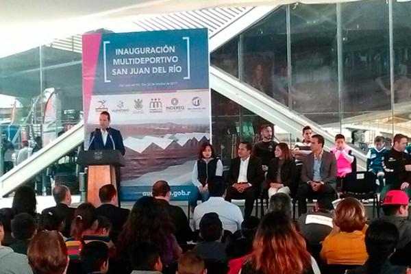 Inaugura Pancho Multideportivo en San Juan del Río