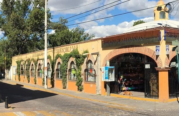 Mercado de artesanías requiere obras