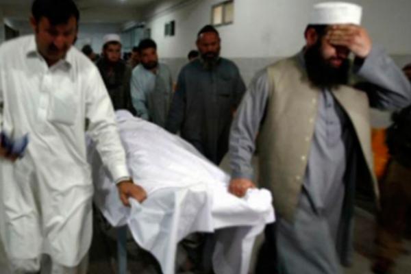 Mueren siete niños por deslizamiento de tierra en Pakistán