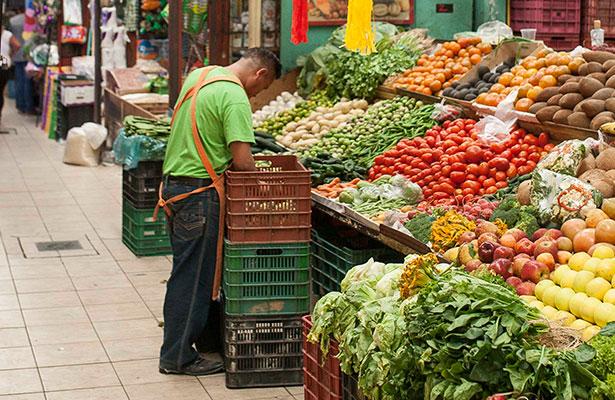 Prevén descenso de precios en la canasta básica