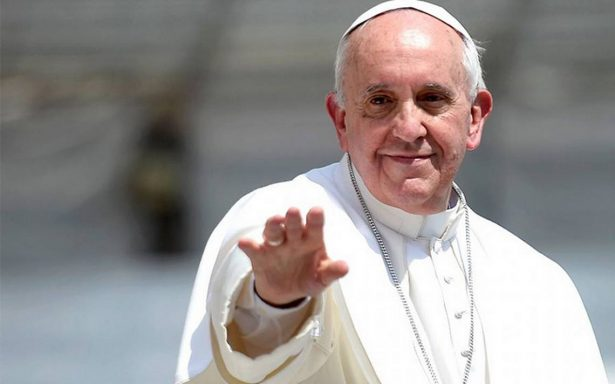 Papa Francisco emprende su viaje apostólico a Colombia