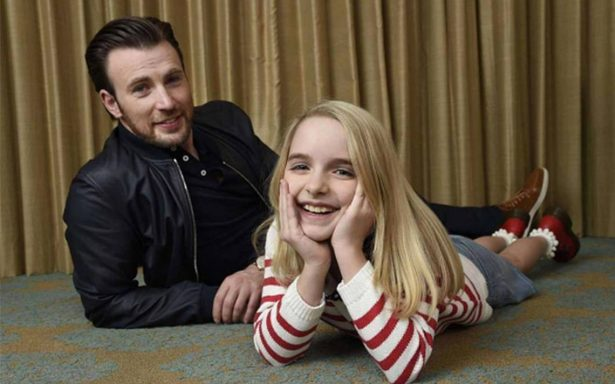 Chris Evans deja de lado al Capitán América para 'convertirse en padre'