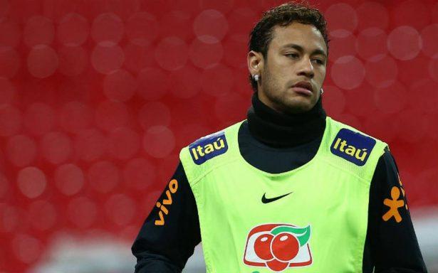 Neymar deja a PSG por un asunto familiar en Brasil