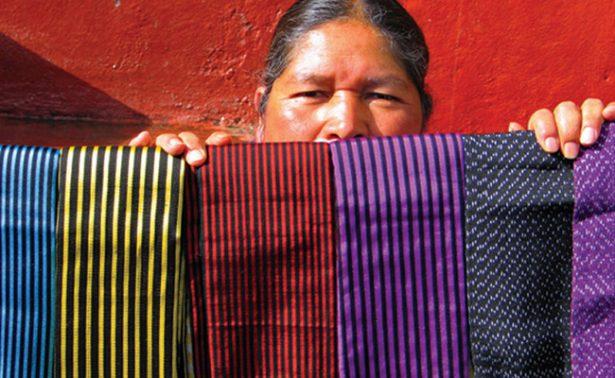 Primer ecotianguis de mujeres artesanas se inaugura en la localidad