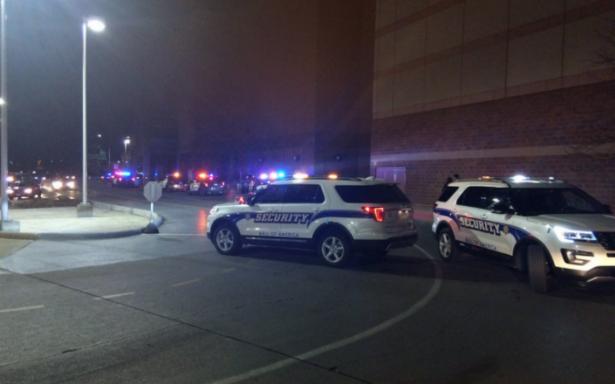 Reportan dos lesionados por acuchillamiento en centro comercial de Minnesota
