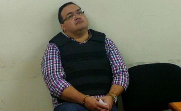 Sin alteraciones, salud de Javier Duarte en su quinto día de huelga de hambre