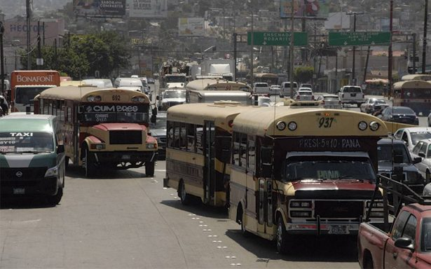 Transporte público; manejar al margen de las leyes