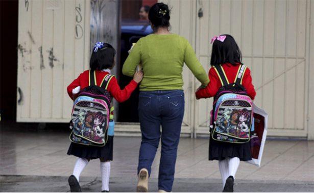 Inicia nuevo ciclo escolar, recomiendan precaución en regreso a clases