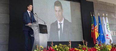 Cristiano Ronaldo, feliz porque aeropuerto de Madeira lleva su nombre