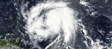 Huracán María azota isla caribeña de Dominica como categoría 5