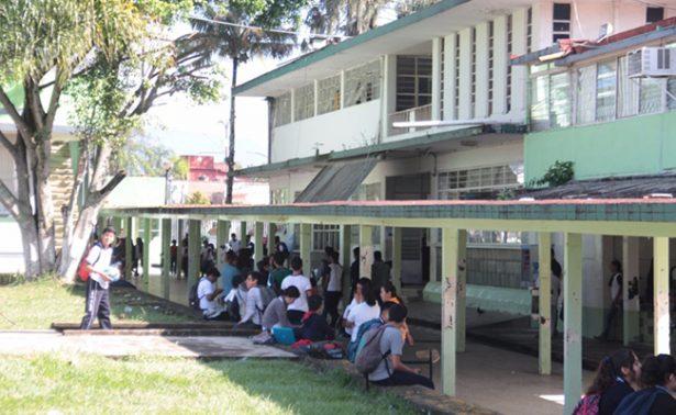 Crece demanda en bachilleratos públicos de Veracruz