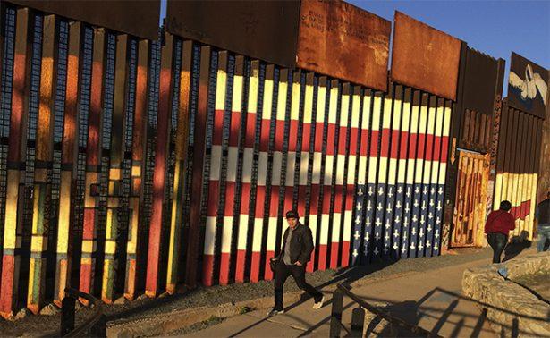 Concluyen construcción de cinco prototipos del muro; serán evaluados