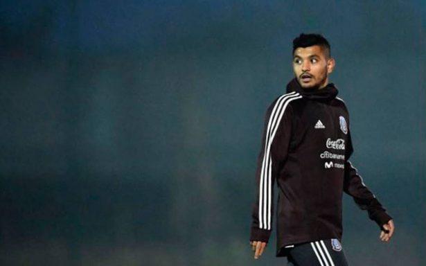 Tecatito abandona al Tricolor por problemas personales