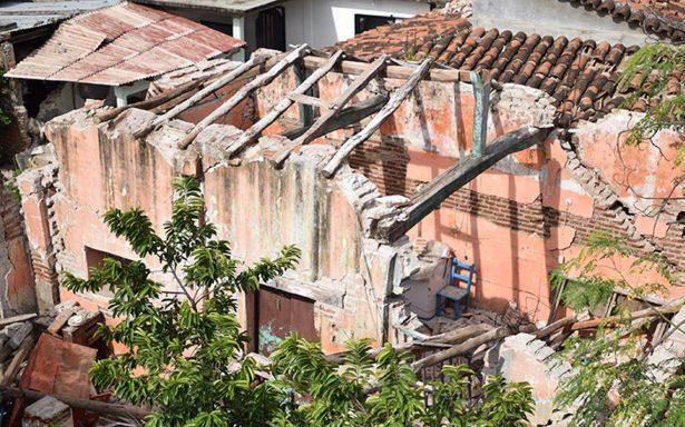 Autoconstrucción para la reconstrucción