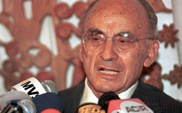 Matan en redes sociales al expresidente Luis Echeverría