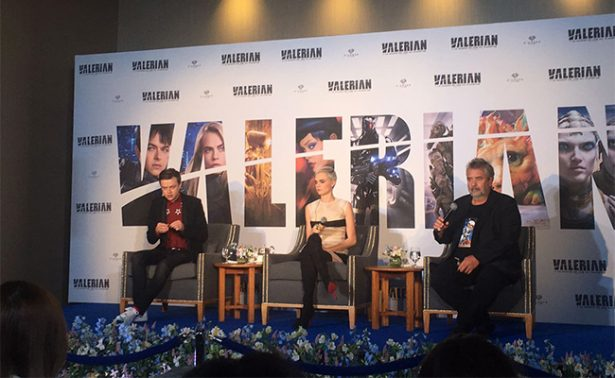 """Luc Besson y Cara Delevingne presentan """"Valerian"""""""