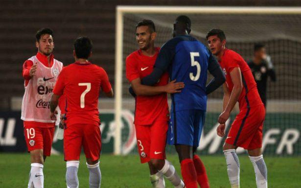Selección chilena de futbol inicia su preparación para ir a Bolivia