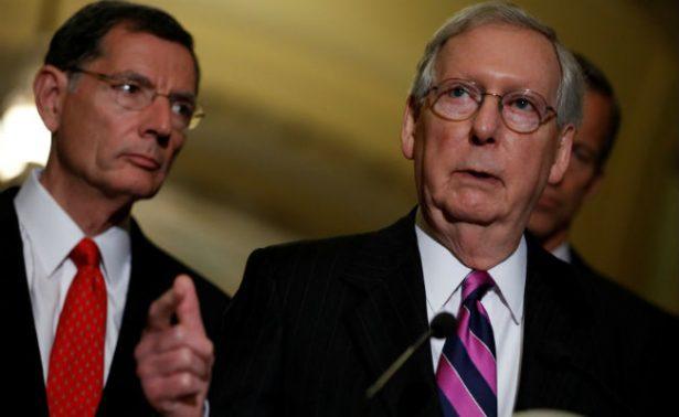 Jefe republicano del Senado, el nuevo objetivo de Trump por el Obamacare