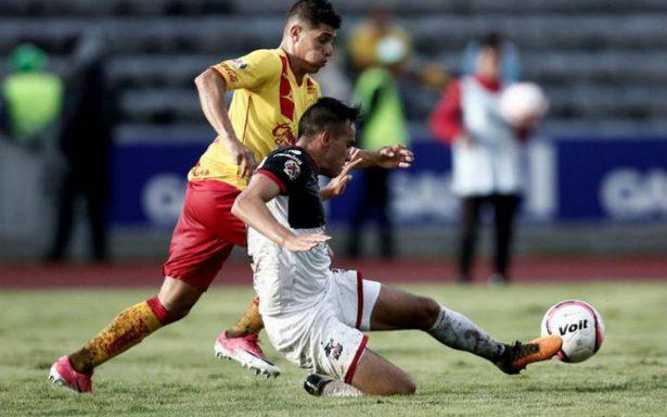 Con doblete de Raúl Ruidíaz, Morelia vence 3-1 a Lobos BUAP
