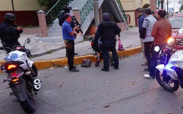 Mujer inicia el 2018 tratando de saltar de un puente con bebé en brazos en Tampico