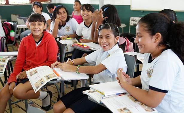 El miércoles el alcalde Gallardo entrega 120 mil paquetes escolares