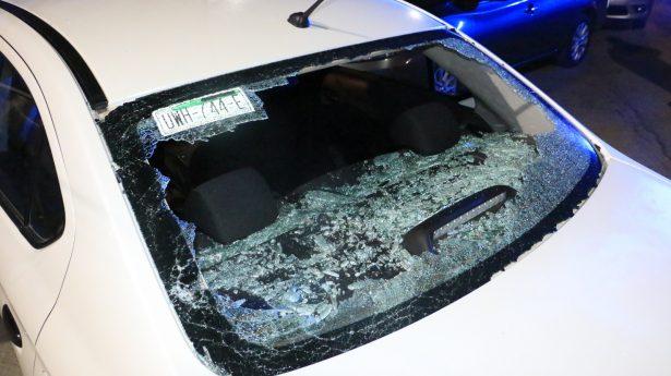 """Taxistas infunden miedo y """"cazan"""" a choferes de Uber"""
