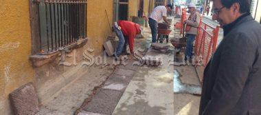 Avanzan los trabajos de mantenimiento en el primer cuadro de la ciudad