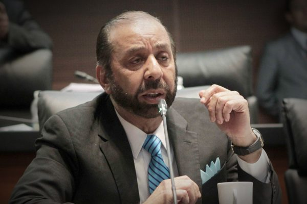 Elecciones y TLC, generan receso en inversiones: senador TTC