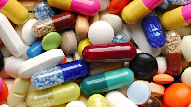 Entrega Ayuntamiento 14 mil  piezas de medicamento gratuito