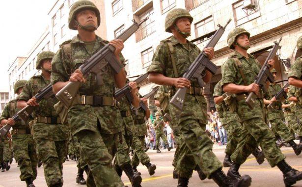 Sin presiones deben trabajar los militares