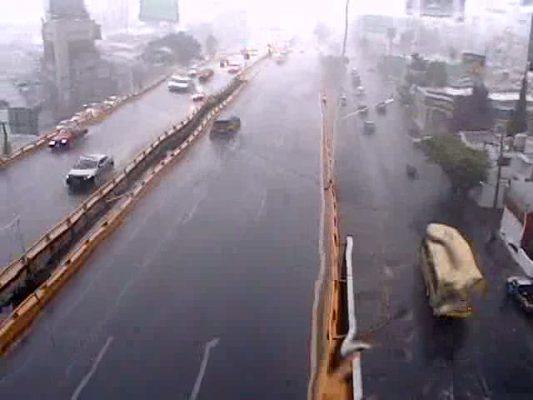 En alerta por lluvias que continuarán el fin de semana