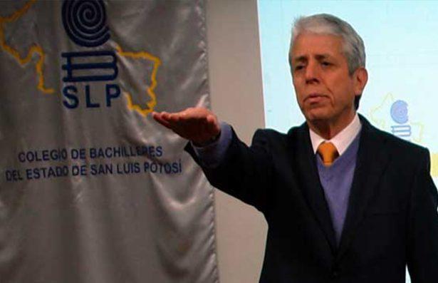 No he renunciado al cargo: Amado Vega