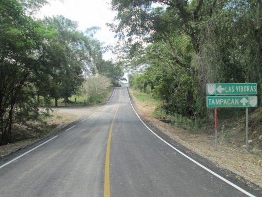 Habitantes de La Calera reclaman que no reparan camino de acceso