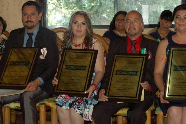 Entregan Premios a la Educación en Villa de la Paz