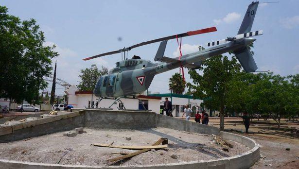Exhiben un helicóptero y una avioneta que donó la SEDENA al Municipio