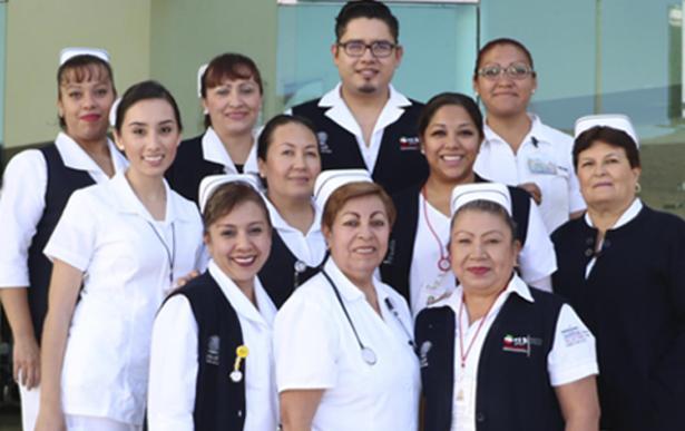 Se desvirtuó el papel de la enfermera en México
