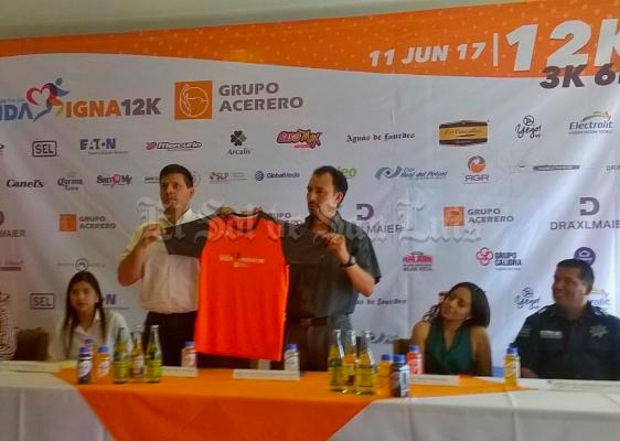 """Presentan convocatoria y playera de la Carrera Atlética """"Vida Digna 12K"""""""