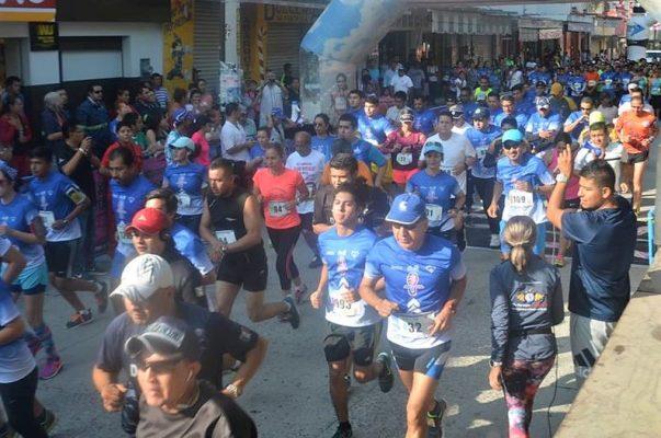 "Atletas africanos triunfan en la 5ta. carrera 10k ""FERECE 2017"""