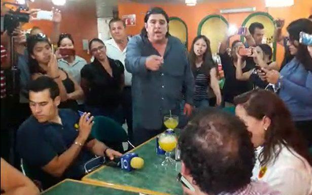 """⏯ """"El Chiquilín""""  encara a Xavier Nava, lo acusa de traidor"""