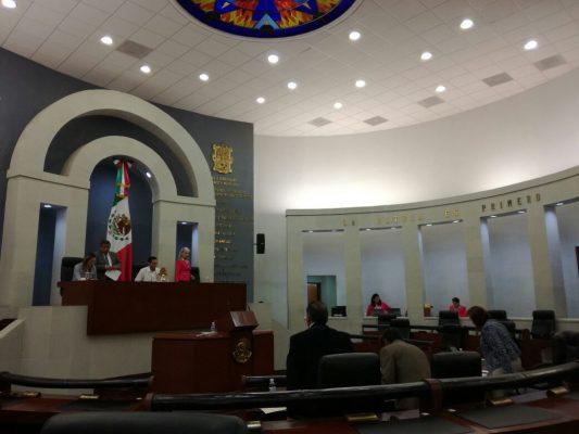 Integran Comisiones Jurisdiccionales contra diputado y alcalde