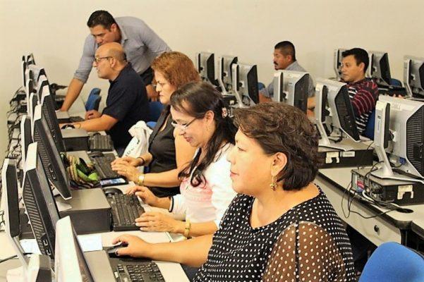 Mil 400 docentes son evaluados en la etapa 3