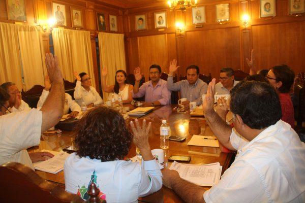 Regidores presentan informe bimestral y aprueban cuenta del mes de agosto