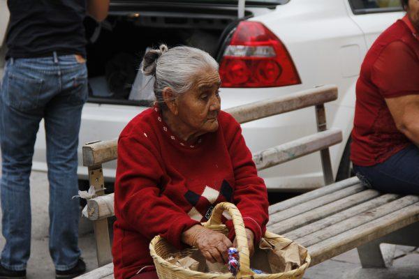 Inapam invita a donar medicamento para adultos mayores