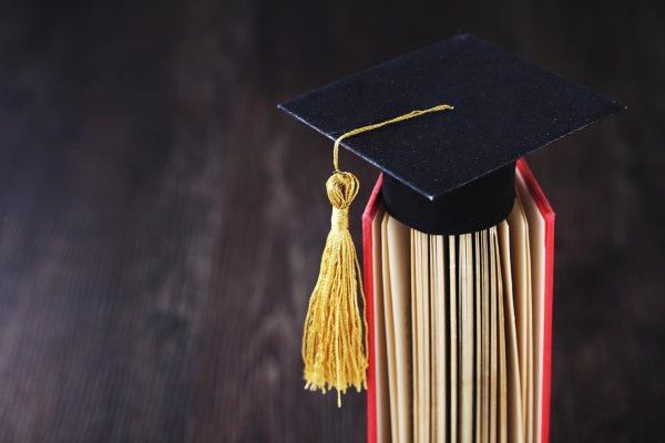 Se gradúa 2a Generación del sistema dual de la UT