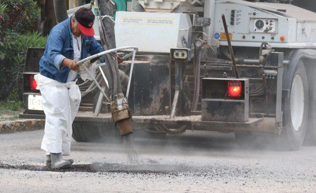 Rehabilitan Av. Industrias, Rutilo Torres y bachean la Av. Juárez