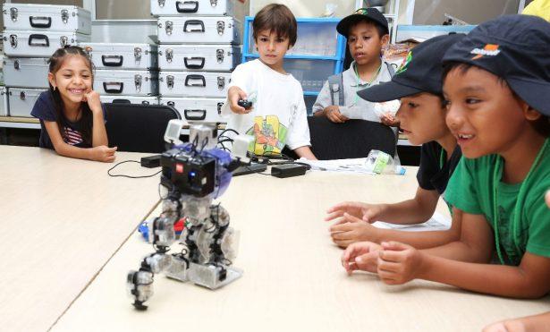 Concluye con éxito el Verano de Robótica para Niños en la COARA