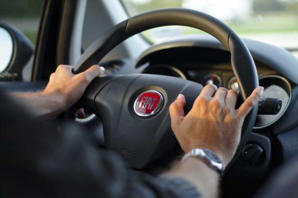 Descuentos en licencias de conducir deberían extenderse hasta fin de año