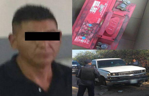 Aprehenden a ladrón que estaba desvalijando una camioneta